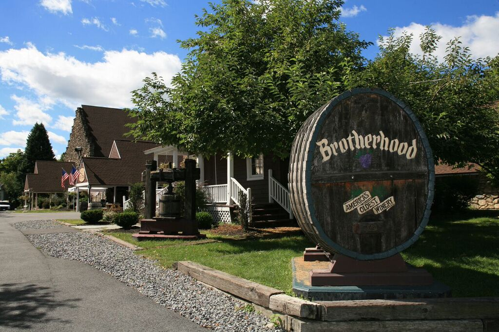 Newburgh: Home To America's Oldest Winery